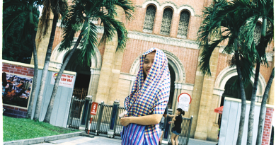 Selling Nam Bo bandanas, the girl carried a bandanna across Vietnam for 1 year