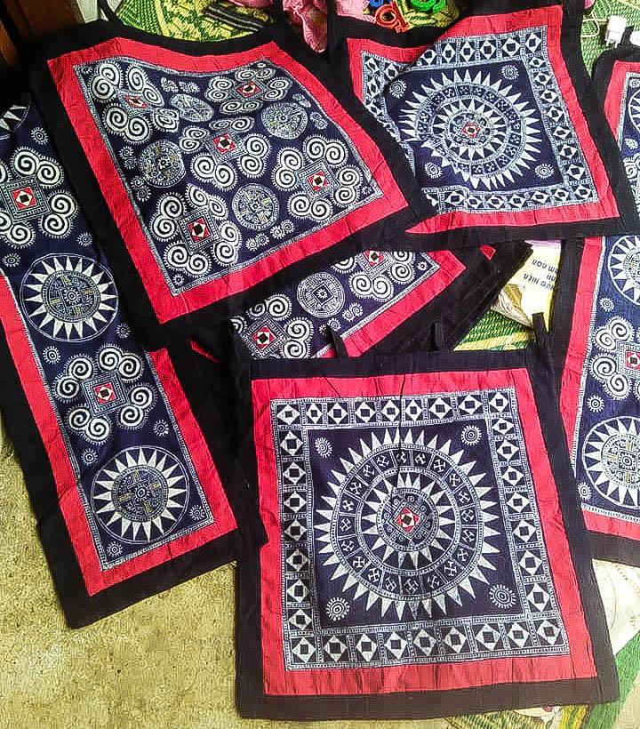 Sản phẩm khăn trải bàn hoàn thiện xinh đẹp