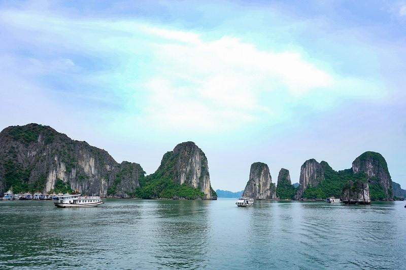 Ha Long island so beautifull