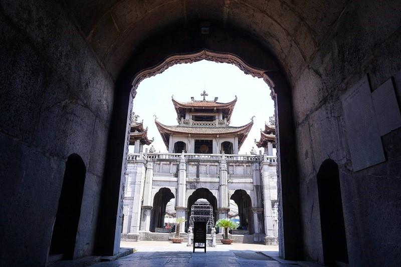 phat diem temple