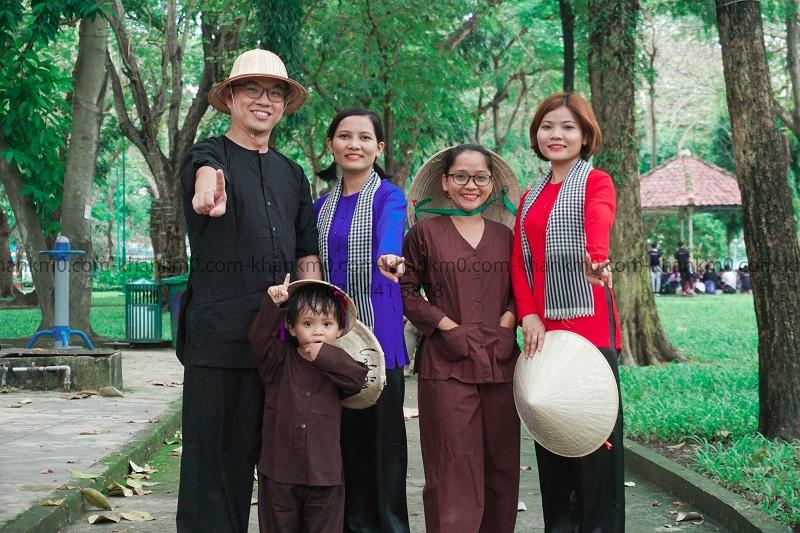 Áo bà ba khăn rằn là sản phẩm không thể thiếu trong văn hoá của người Việt