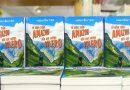 một chồng sách hay về du lịch đáng để đọc